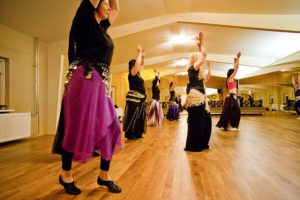 halima-buikdansen-12-groot